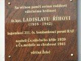 Odhalení pamětní desky škpt. Ladislavu Říhovi